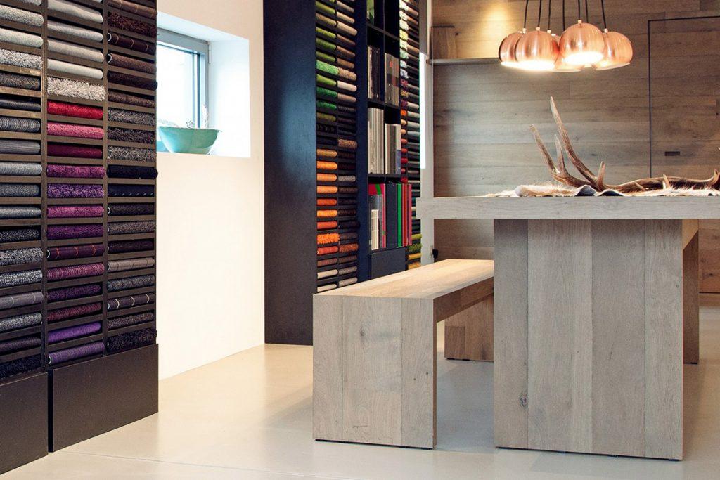 Maßgefertigte Möbel aus Parkettholz